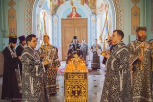 Уставное Богослужение, по окончанию была совершена заупокойная Лития. Волгодонск. 24.02.2015 г.