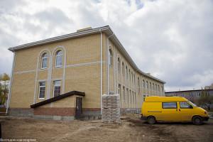 Глава Волгодонской епархии епископ Корнилий посетил место строительства духовно-просветительского центра в г.Волгодонске