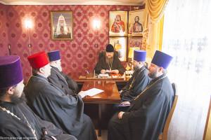 Глава Волгодонской епархии провел прием в епархиальном управлении Волгодонской епархии г. Волгодонска
