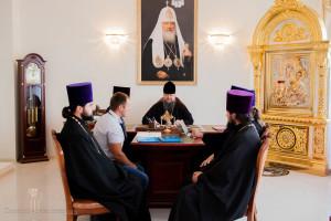 Глава Волгодонской епархии епископ Волгодонский и Сальский Корнилий провел совещание в епархиальном управлении Волгодонской епархии.