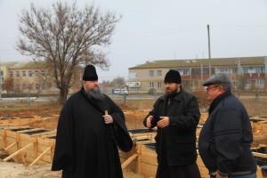 Глава Волгодонской епархии епископ Волгодонский и Сальский Корнилий посетил Дубовский район. 05.11.2015 г.