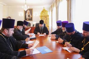 Глава Волгодонской епархии епископ Волгодонский и Сальский Корнилий возглавил совещание. 28.06.2016 года.