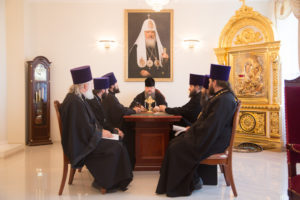 25.07.2017 г. Епископ Волгодонский и Сальский Корнилий возглавил совещание.