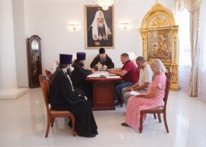 11 августа 2017 г. Епископ Волгодонский и Сальский Корнилий возглавил совещание в епархиальном управлении Волгодонской епархии по строительству колокольни