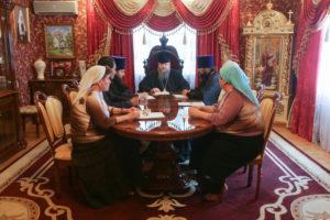 30.08.2017 г. Епископ Волгодонский и Сальский Корнилий возглавил совещание на епархиальном подворье