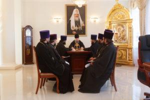 5.10.2017. Епископ Волгодонский и Сальский Корнилий провел совещание в епархиальном управлении