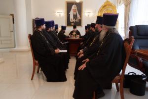 24.10.2017 г. Епископ Волгодонский и Сальский Корнилий возглавил совещание