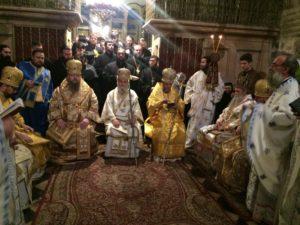 В ночь с 9 на 10 декабря 2017 года епископ Волгодонский и Сальский Корнилий принял участие в ночной Божественной литургии у Гроба Господня в Иерусалиме