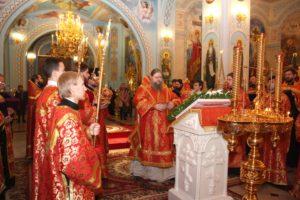 Епископ Корнилий совершил богослужение с акафистом великомученице Варваре