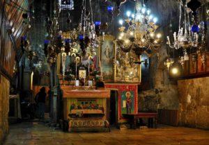 09.12.2017 г. епископ Волгодонский и Сальский Корнилий помолился у Гробницы Божией Матери в Гефсимании.