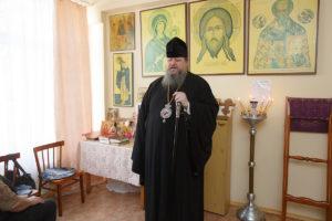 8.04.2018 года преосвященнейший Корнилий посетил дом престарелых.