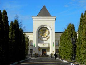 23.05.2018 года, епископ Волгодонской и Сельский Корнилий посетил патриархию.