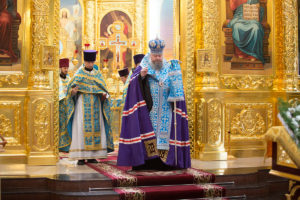 11.7.2018г. епископ Волгодонский и Сальский Корнилий молился за божественной литургией г. Волгодонск
