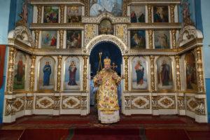 9.01.2019 г. епископ Корнилий совершил Божественную литургию в г. Белая Калитва.