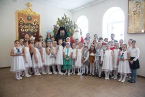 10.01.2019 г. епископ Корнилий посетил праздничную Рождественскую ёлку