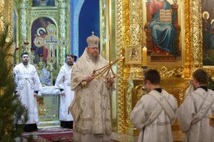 18.01.2019 г. епископ Корнилий совершил Всенощное бдение.