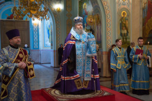 18.02.2019 г. епископ Корнилий молился за Божественной литургией