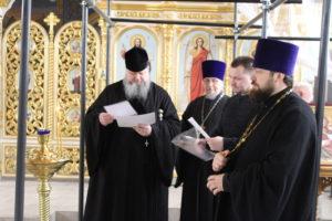 7.03.2019 г. епископ Корнилий провел совещание по вопросу росписи храма