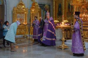 22 марта 2019 г. епископ Корнилий совершил Парастас в кафедральном соборе Рождества Христова