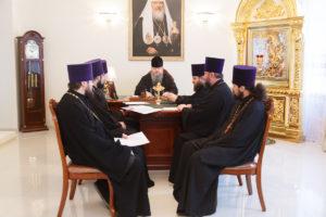 19 марта 2019 года епископ Корнилий провел совещание по различным вопросам, касающимся жизни Волгодонской епархии.