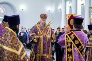 14.03.2019 г. епископ Корнилий совершил божественную литургию в храме Рождества Пресвятой Богородицы города Морозовска.