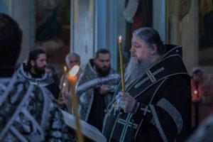 14.04.2019 г. епископ Корнилий совершил пассию в кафедральном соборе Рождества Христова города Волгодонска.