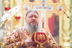 05.05.2019 г. епископ Корнилий совершил Божественную литургию в кафедральном соборе Рождества Христова города Волгодонска.