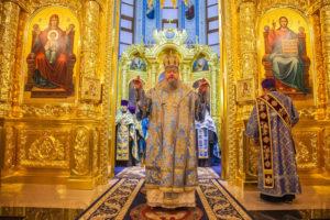 27.08.2019 г. епископ Корнилий совершил всенощное бдение в кафедральном соборе Рождества Христова города Волгодонска.