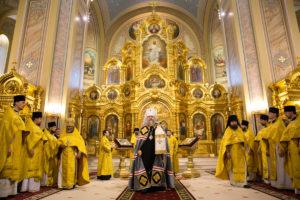Первое архиерейское богослужение в Ростовском кафедральном соборе Рождества Пресвятой Богородицы