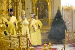 Глава Донской митрополии совершил всенощное бдение в Кафедральном соборе Рождества Пресвятой Богородицы г. Ростова-на-Дону