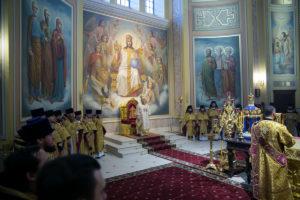 В день памяти святой блаженной Ксении Петербургской Глава Донской митрополии совершил Божественную литургию в Кафедральном соборе Рождества Пресвятой Богородицы г. Ростова-на-Дону