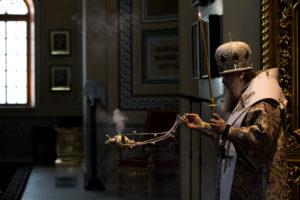 В субботу четвертой седмицы Великого поста митрополит Ростовский и Новочеркасский Меркурий совершил всенощное бдение в Ростовском кафедральном соборе