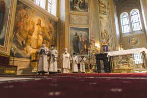 В канун праздника Вознесения Господня митрополит Меркурий совершил всенощное бдение в Ростовском кафедральном соборе