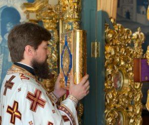 В неделю 5-ю по Пасхе, о самаряныне, совершена Божественная литургия в домовой церкви иконы Божией Матери «Знамение» Архиерейского подворья г. Ростова-на-Дону