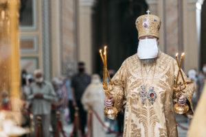 В день памяти Всех святых, в земле Русской просиявших, Глава Донской митрополии совершил Божественную литургию в Ростовском кафедральном соборе